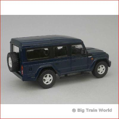 MondoMotors 51112 - Iveco Massif 2008, 1:24