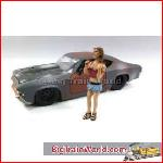 American Diorama 23819 - 1/24 Look-Out Girl *Monica* (Car Not included).