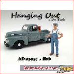 American Diorama 23957 - 1/24 *hanging out* bob