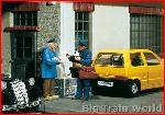 Pola 331932, Postman and Passer-by | Big Train World